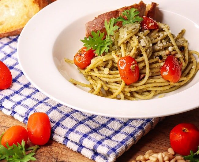 Pasta with Pesto and Tomatoes